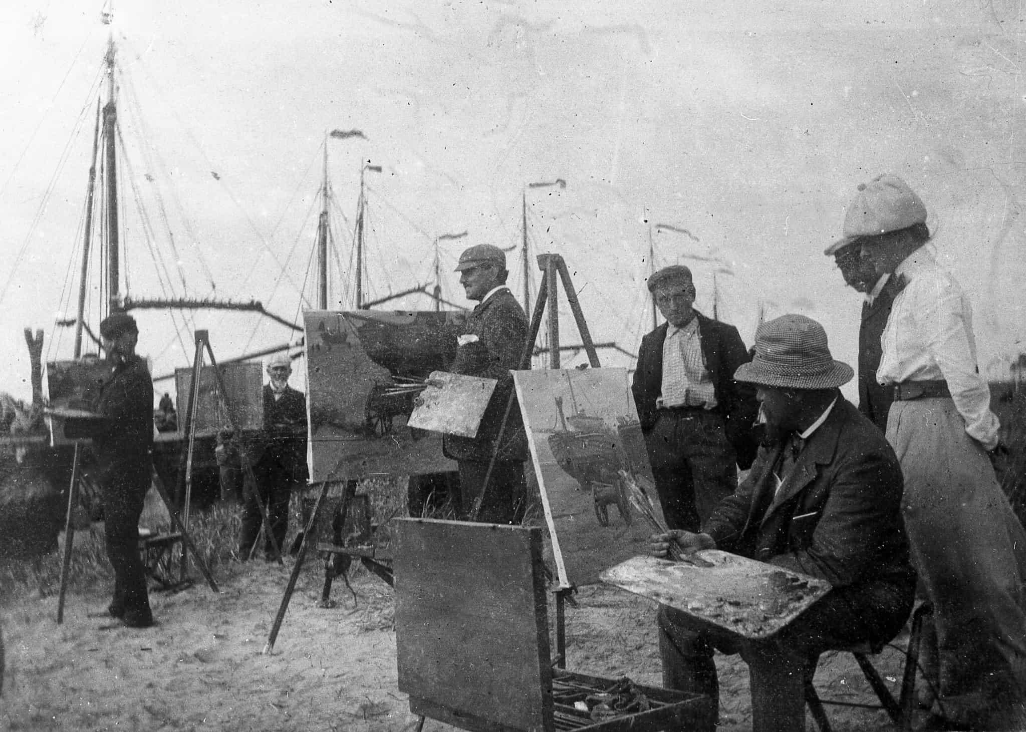 1900 kunstenaars op het strand